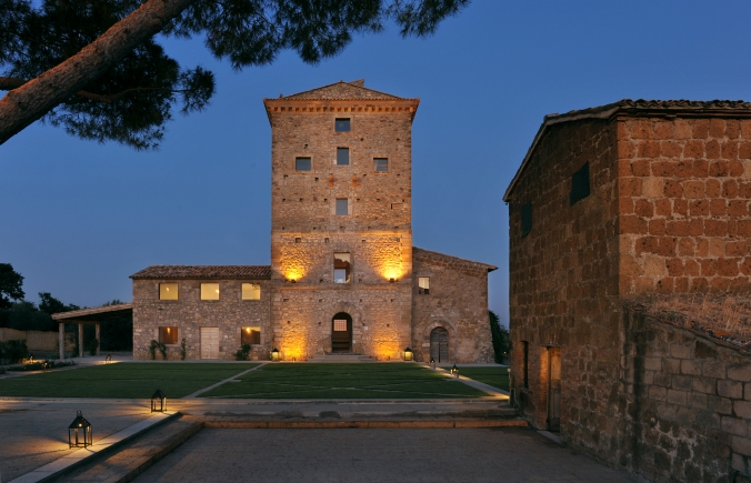Vaiano, Private Property (http://www.cedricreversade.com), Italy
